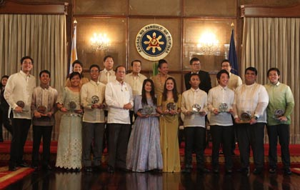 """TOSP 2012. This year's set of awardees represents the """"Bayani"""" student who despite the demands and pressures of higher education, endeavors to serve the country and people. Photo by Ryan Lim/ Malacañang Photo Bureau"""